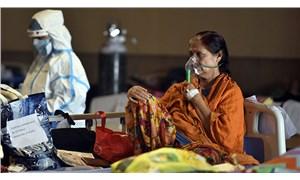 Hindistan'da salgında yeni rekor: Son 24 saatte 414 bin 188 vaka tespit edildi