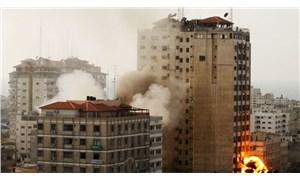 İsrail ordusu Gazze'de medya binasını vurdu