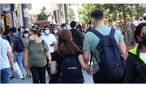 Kontrollü normalleşmenin ilk gününde İstiklal Caddesi'nde yoğunluk