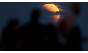 Yarın gerçekleşecek: 'Süper Çiçek Kanlı Ay tutulması' nedir?
