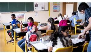Fransa'da 12-18 yaş arasındaki çocukların aşılanması başlıyor