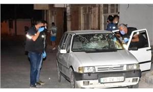 İzmir'de bir bekçi, yol verme kavgasında bir kişiyi öldürdü