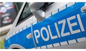 Almanya'da 20 polisin evine 'ırkçı sohbet grubu' baskını