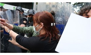 Ankara'da, 'İstanbul Sözleşmesi' açıklamasına polis müdahalesi: Çok sayıda kadın gözaltında