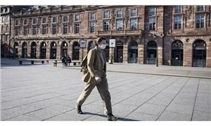 Fransa'da maske zorunluluğu ve gece saatlerindeki sokağa çıkma yasağı kaldırılıyor