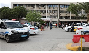 İzmir'de bir sağlık çalışanı, hastanedeki pansuman odasında tabancayla vurulmuş halde ölü bulundu