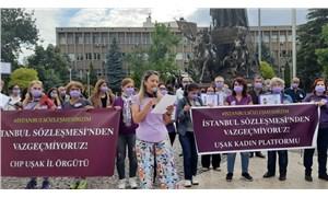 Uşak'ta kadınlardan İstanbul Sözleşmesi eylemi: Sözleşmeden vazgeçmiyoruz!