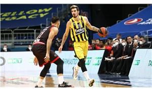 Nando De Colo, 1 sezon daha Fenerbahçe'de