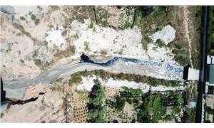 Şamlar Gölü'ne akan dere kimyasala bulandı