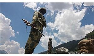 """""""Hindistan, Çin sınırına 50 binden fazla asker konuşlandırdı"""""""