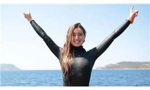Dünya serbest dalış rekortmeni Şahika Ercümen, Bahamalar'da Türkiye rekoru kırdı