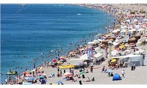 Antalya'da boş yer kalmadı, Vali 'Rezervasyon için beni arıyorlar' dedi