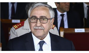 Mustafa Akıncı'dan külliye eleştirisi: Devletin itibarı binaların ihtişamıyla değil, yurttaşlarının refah düzeyiyle ölçülür