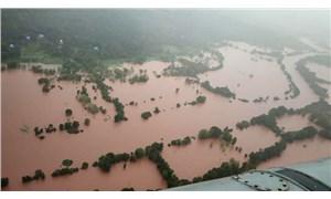 Hindistan'daki sel ve heyelanlarda ölenlerin sayısı 100'e yükseldi