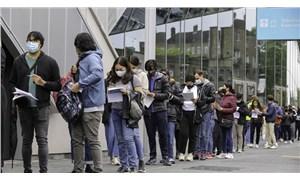 İngiltere, 2 doz aşı olan AB ve ABD vatandaşlarına karantina zorunluluğunu kaldırdı