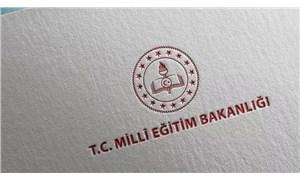 Milli Eğitim Bakanı Ziya Selçuk resmen istifa etti