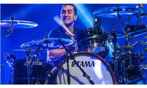 The Offspring, Covid-19 aşısı olmayan davulcusu Pete Prada'yı gruptan çıkarttı