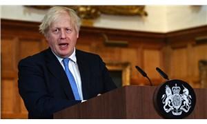 İngiltere Başbakanı Johnson'ın karantina kararı tepki çekti