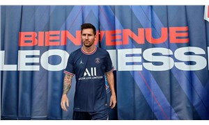 Lionel Messi, PSG ile imzaladı: Hayalim bir kez daha Şampiyonlar Ligi kupasını kaldırmak