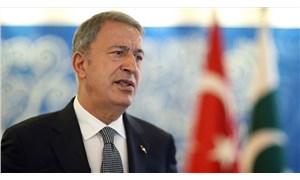 Akar'dan Kabil Havalimanı açıklaması: Mehmetçiği tehlikeye atmak gibi durumumuz söz konusu olamaz