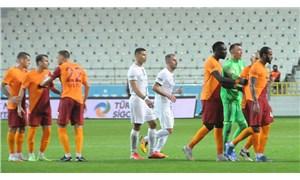 Marcao, takım arkadaşı Kerem Aktürkoğlu'na saldırdı