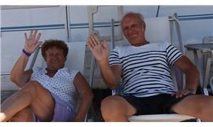 Fransız çift, 38 yıldır tatil için karavanla Türkiye'ye geliyor: Biz Demre'nin bir parçasıyız