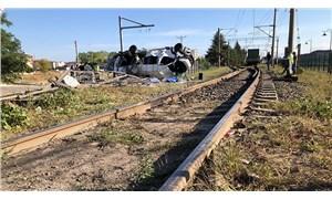 Tekirdağ Ergene'de yük treni işçi servisine çarptı: 6 can kaybı, 7 yaralı