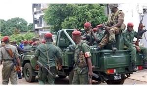 Gine'de darbe: Hükümet üyelerine yurt dışı çıkış yasağı getirildi