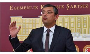 CHP'li Özel'den AKP'li Turan'a: Hodri meydan, hadi dağıtın bizi