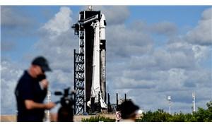 SpaceX roketi 4 kişiyi dünyanın çevresinde 3 gün gezdirecek