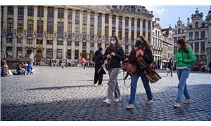 Belçika'da maske zorunluluğu büyük oranda kalkıyor