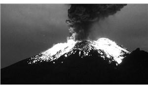 Popocatepetl Yanardağı'nda 24 saatte 6 patlama
