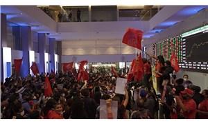 Brezilya'da, Evsiz İşçiler Hareketi borsa binasını işgal etti: Bizim açlığımız servetinizi artırdı