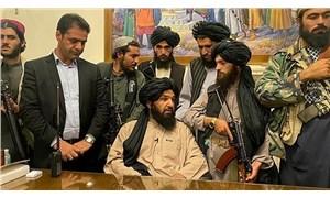 Taliban 4 kişinin cesedini meydana astı