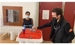 Almanya'da seçimler: Fark 2 puana yaklaştı, SPD önde