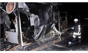 İşten çıkarılan işçi, belediyenin iş makinesini yaktı