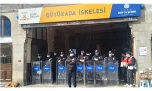 Büyükada'da TÜGVA'dan polis destekli işgal!