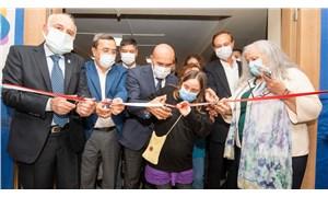 Tunç Soyer İzmir Kent Konseyi'nin yeni hizmet binasını açtı