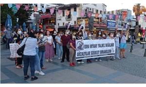 Antalya Kadın Platformu'ndan gözaltına alınan arkadaşları için eylem