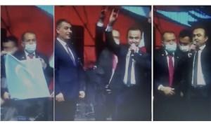 MHP'li belediyenin etkinliğinde 'sahte cumhurbaşkanı' sahneye çıktı