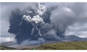 Japonya'da Aso Yanardağında patlama