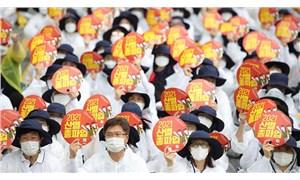 Güney Koreli yarım milyon işçiden uyarı