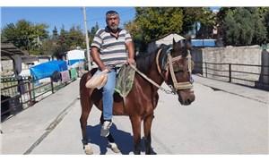 Akaryakıta zam geldi, arabasını satıp at aldı: Ne vergisi var ne pulu var