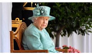 Kraliçe Elizabeth, geceyi hastanede geçirdi
