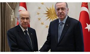 AKP iktidarına iki büyük uyarı