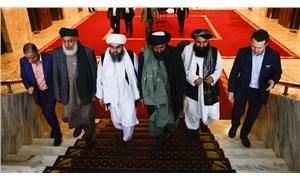 """Taliban ekonomik krizdeki Afganistan'da işçi maaşlarını """"buğday'la ödeyecek"""