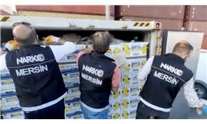 MersinUluslararası Limanı'nda muz kolilerinin içerisine gizlenen 60 kilo kokain ele geçirildi
