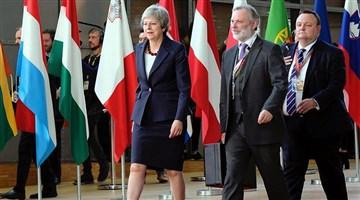 May'den Brexit için yeni öneri: Süre uzatılabilir