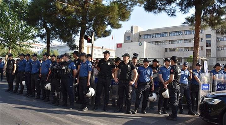 HDP'den kayyum atamalarına tepki: Susmak onaylamaktır!