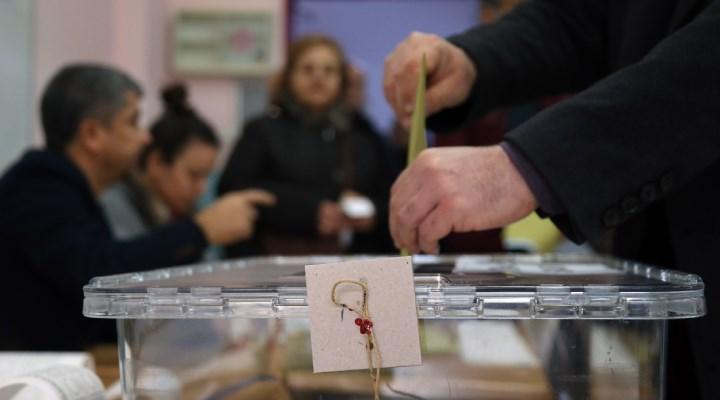 Seçim anketi: Sadece 3 parti barajı geçebiliyor